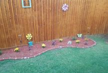 Edging, Borders, and Curb Appeal / Plastic Decorative Brick Edging Snap, Place, press with or with out solar