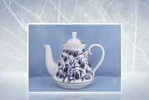 The Teapot Shoppe Videos / Browse our videos for some of our favorite products, the ones that you'll use time after time.  View our exquisite bone china teapots, Russian porcelain, Whimsical teapots, Scripture Tea Pots, Children's Tea Sets, Porcelain Tea Sets,  Tea Party Gifts and much more.  We have everything you need for the perfect tea party.