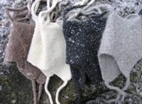Huovutetut hatut - Felteds hats / Käsin neulottuja huovutettuja hattuja - Hand-knitted felted hats