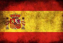 Hiszpania / Na hiszpańskim niebie prawie zawsze świeci słońce... Dźwięk kastanietów i stukot podkutych butów do flamenco poprowadzi nas przez ojczyznę matadorów i koneserów dobrej zabawy