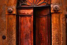 Doors / doors from around the world