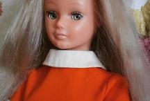 Poupée / For more dolls,visit Madame Alexander, jummells Dionne,Diana Hefner, effnbee, Reborns, Ginette / by Renée Gauthier