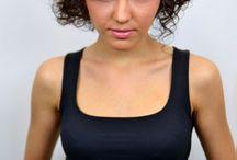 Tunsoare par scurt ondulat / cret / tunsoare asimetrica par scurt ondulat / cret short hairstyle wavy / curly