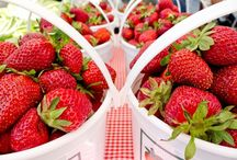 Agriculture & Farmers Markets / Peaches, agriculture & produce is what York County is known for. Take a look at the fresh, delicious, locally-grown produce and seasonal farmer's markets available in #YorkCountySC
