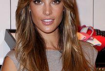 Celebrity Beauty Tricks / The best celebrity beauty tricks: http://www.secretsalons.com/pictures/Celebrity-Beauty-Tricks/1/