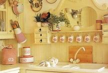 Kitchens / by Bridget Scoggins
