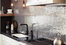 Cozinha metal + lâmpadas