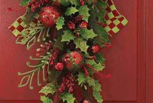 WREATHS / by Colleen Wells