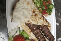 What to eat / Dubai offers  the largest variety of cuisines in the world We will share the top ten restaurants here
