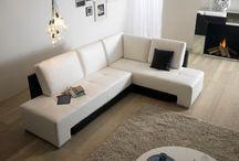 DIVANI - Arredamenti DeLé Interior Design / Divani di design: li puoi trovare presso DeLé Interior Design a Fontaniva (PD) in Via Marconi 80.  http://www.deledesign.it/zona-giorno