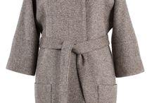 Пальто, куртки, верхняя женская одежда
