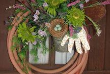 wreaths / by Kellie Mosley