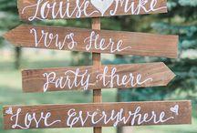 Znaki drewniane