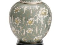 Urns for Ashes / Beautiful Urns that match any kind of decorating in your home.