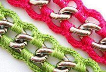 Bracelets to crochet