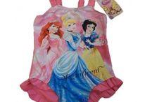 Abbigliamento bambine originale Disney / Abbigliamento per le bambine con le principesse ed altri personaggi della Disney. Articoli con regolare licenza del Produttore.
