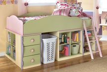 Children's rooms / by Marcia Saunders
