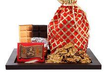 Online Rakhi Gifts for Brother / Find the selected gifts for brother that you can buy and gift him on raksha bandhan occasion.