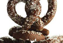 Eat: Multi-Recipe Sites / by Angela Sapp