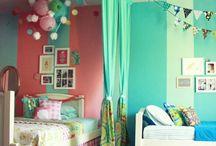 Home: Shared Bedrooms / by Soraya Deborggraeve