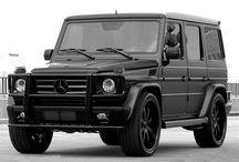 Mercedes G / In black please!