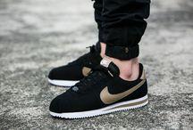 "Nike Cortez Basic Premium QS ""Black/Desert Camo"" (819721-021)"