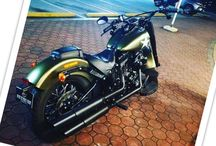 Harley Davidson Softail Slim S Makati Area Manila / Rent a Harley Davidson Softail Slim S , Makati city Manila area. The 24 hours rental price of the motorcycle is 10000 PHP. You are provided 2 helmets. it has 4 stroke engine 6 gear transmission. It is a street motorbike, perfect for the long drive. it is 2016 army style model.