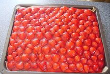 Erdbeerblechkuchen