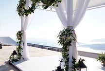 ARCHES AND CANOPY / All decorations for a beach wedding