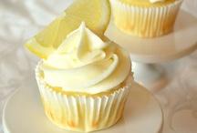 Desserts / by Kimberly Saba