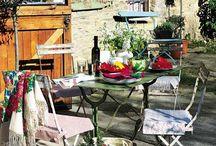 Garden / Out door seating and gardens