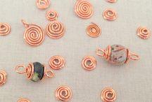 papírové a textilní korálky