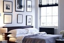 Bedroom Picture Framing / You can display bedroom frames in many different ways. Check out these photos to get ideas for your own bedroom.