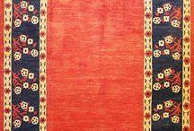 Alfombras Grandes / Alfombras Hamid presenta una selección de alfombras en tamaños grandes, para diferentes ambientes.