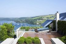 Homes By The Sea / Beautiful homes with sea views.