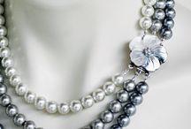 Ожерелья из бусин