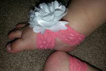 Sweet Baby Feet Boutique / Sweet Baby Feet Boutique makes barefoot baby sandals for kids newborn to 24 months.