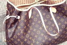 Purses, bags & handbags