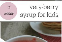 HEALTHY KID BREAKFASTS / Healthy easy ideas and recipes for kid friendly breakfasts. Eat at home or on the go. Start their day right with a good breakfast.