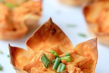 Party Foods / Easy Party Foods like simple appetizers! Great for baby showers, bridal parties and more!