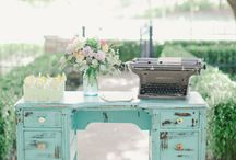 Desirable writing locations / Check out these lovely places to write from