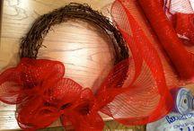MESH WREATHES - VALENTINES DAY / by Lisa Cunningham