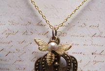 Bee Fashionable