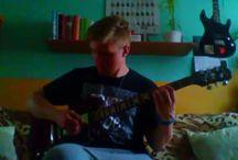 Guitarist !