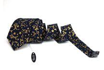 Kravaty / Velký výběr vzorů, barev a typů ručně dělaných kravat