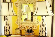 Oficina en el hogar / Me encanta decorar y tener mi casa como si fuera a exhibirse. / by Carmen D Sanchez