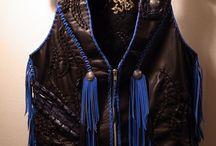 """Leather Vest """"TA・MA・SHI・I""""魂 /矢野一成モデル / 【長渕剛ドラマー矢野一成専用レザーベスト""""TA•MA•SHI•I""""魂】 渾身のレザーベストの写真を公開しました。 富士で10万人を相手に最前線で立ち向かう矢野一成さんの後方部隊のひとりとしてBobby Art Leatherも全精力を注ぎこませていただきます! 続きはブログにて・・・↓ http://bobby-art-leather.com/4690"""