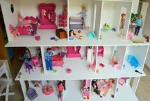 Doll house / doll house, cardboard furniture and so on... / by Mimi Mariscrap