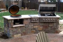 Grills / Whether you're a loyal charcoal griller, committed to gas or looking to experience the latest in wood pellet grilling fuels, Courtland has the perfect grill for your outdoor cooking enjoyment.