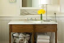 Bathrooms / by Laura Folds
